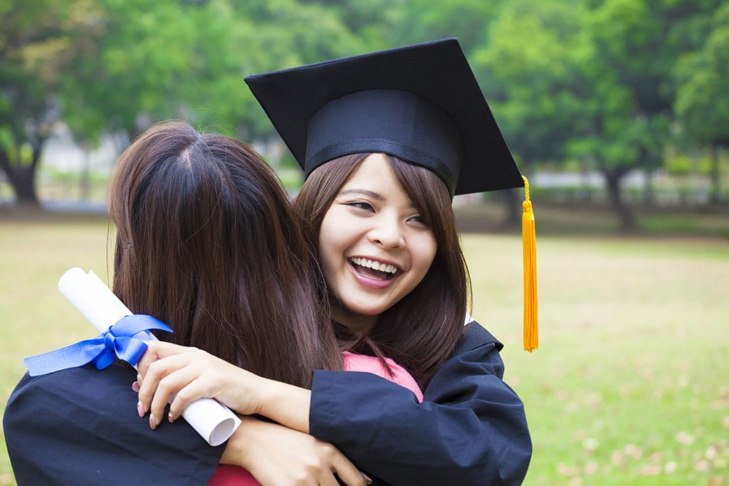 6 Financial Survival Tips for Recent College Graduates