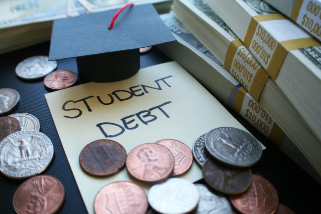 Tax Incentive Helps Employers Assist Workers with Student Loan Repayments